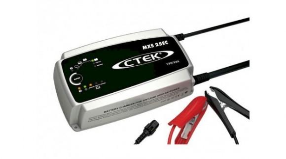 ¿Por qué deberías tener un cargador de batería para tu máquina agrícola o vehículo?