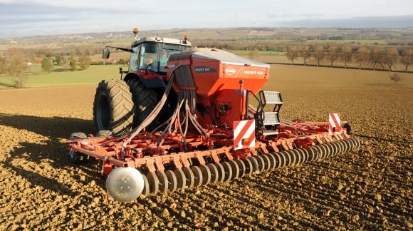 Ya está disponible el Plan Renove KUHN 2018 para equipos de Pulverización, Fertilización y Siembra