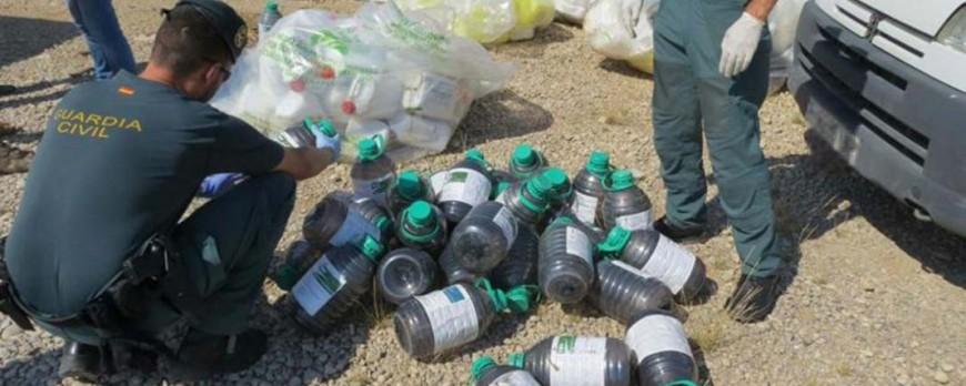 Se investiga una falsificación de fitosanitarios en el Delta del Ebro