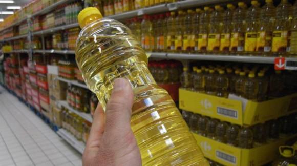 Las ventas de aceite de girasol crecen en 2017 mientras que el de oliva cae